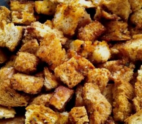 Homemade Croutons with Samardala